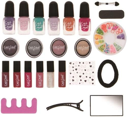 Contents: Chit Chat Beauty Teenager Advent Calendar 2016