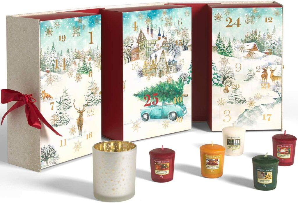Contents: Yankee Candle Advent Calendar 2020 Book